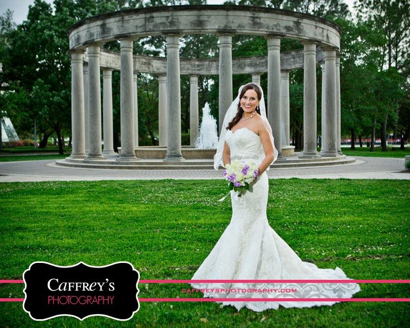 Bride at Bloch Cancer Survivors Park
